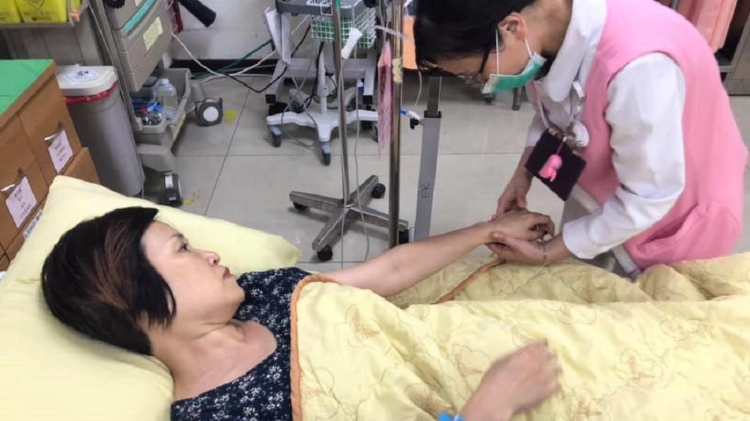 圖/翻攝自楊月娥臉書 女兒抗血癌成功換她進醫院!楊月娥崩潰喊:真的很難忍