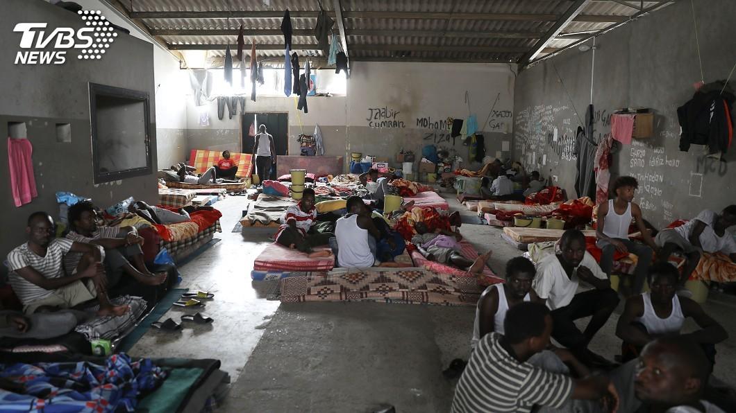 圖/達志影像路透社 出新招擋非法移民 川普擬增收庇護申請費