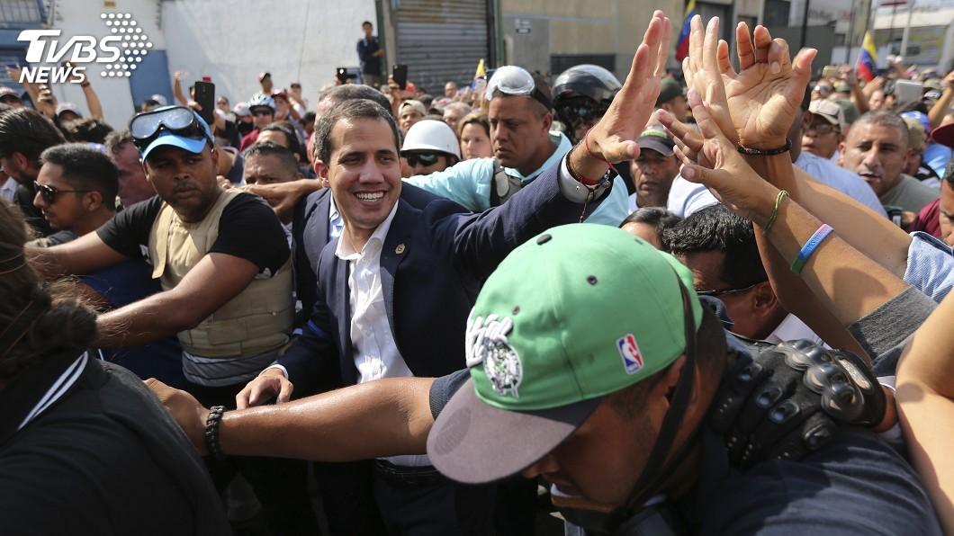 圖/達志影像美聯社 委內瑞拉政變中! 馬杜洛露面:我沒有落跑