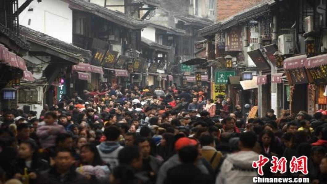 圖/中新網 大陸啟動4天加長版「五一假」迎1.6億遊客