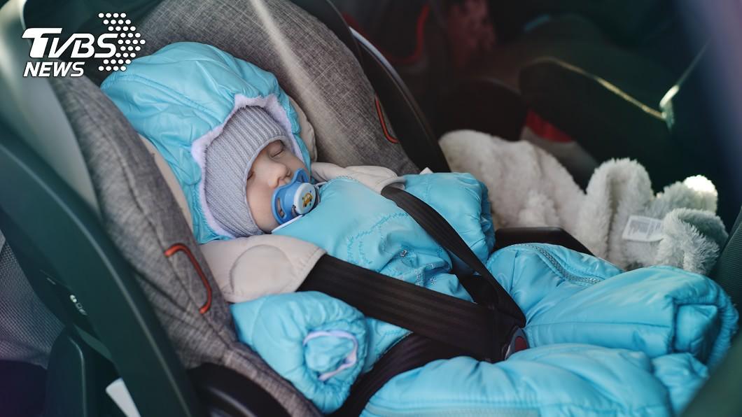 示意圖/TVBS 保母狠虐2月嬰!「幫遺體穿衣」放回汽座還給媽
