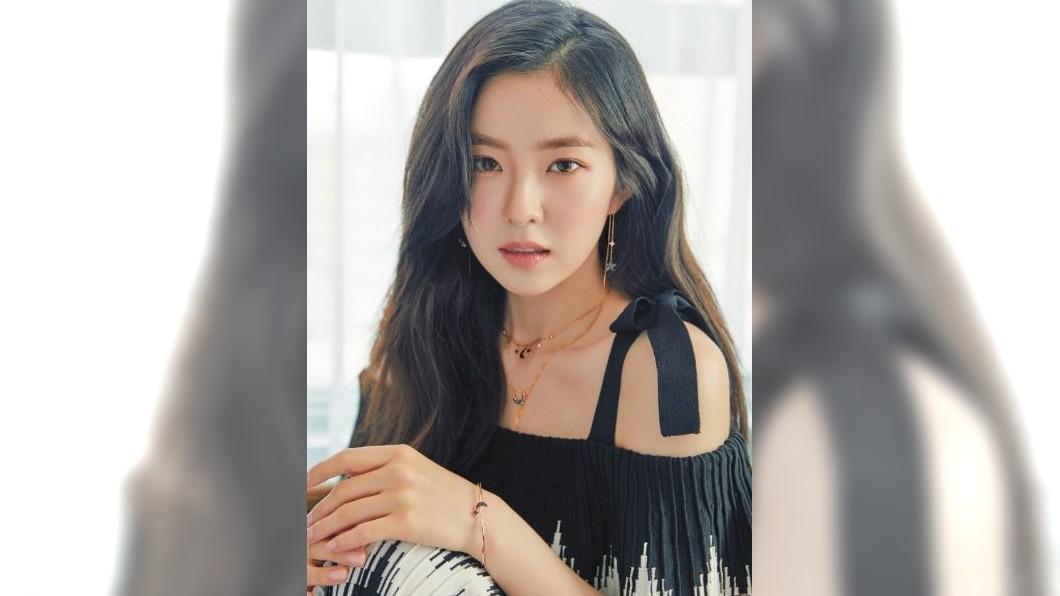 女團「Red Velvet」隊長Irene奪得南韓最新整形範本女星冠軍。圖/翻攝自redvelvet Twitter