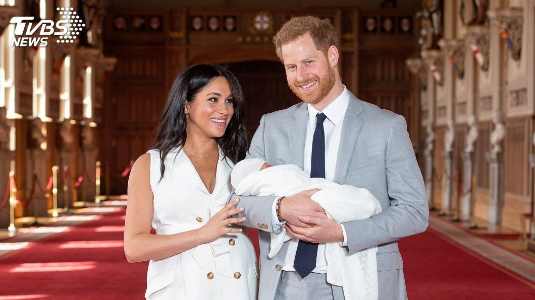 圖/達志影像路透社 哈利王子、梅根首度抱兒子亮相 名字公布:亞契