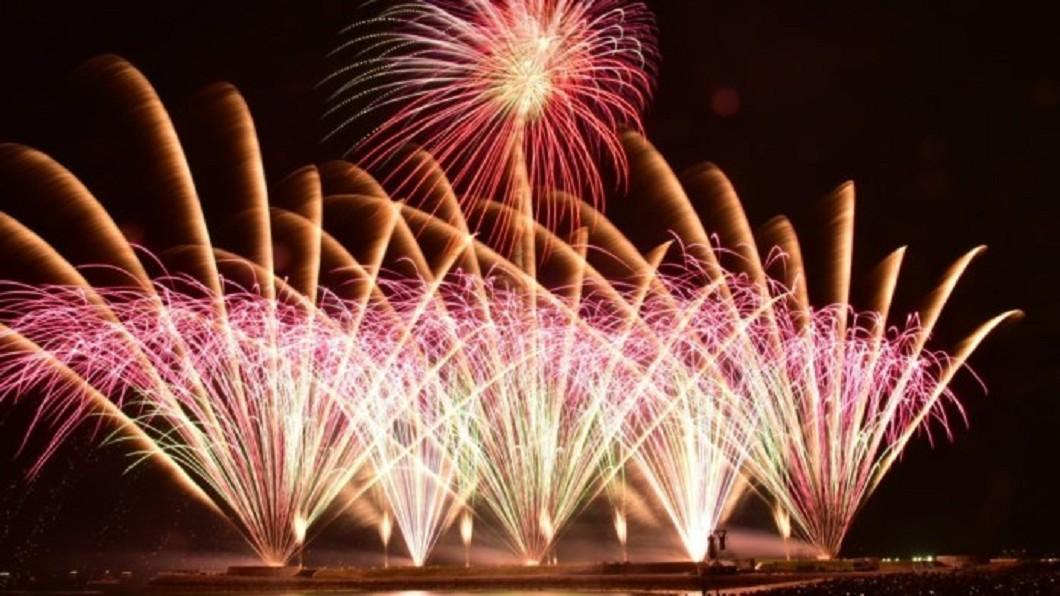 日本打卡景點-琉球海炎祭。(圖/Tripbaa趣吧!亞洲自由行專家)