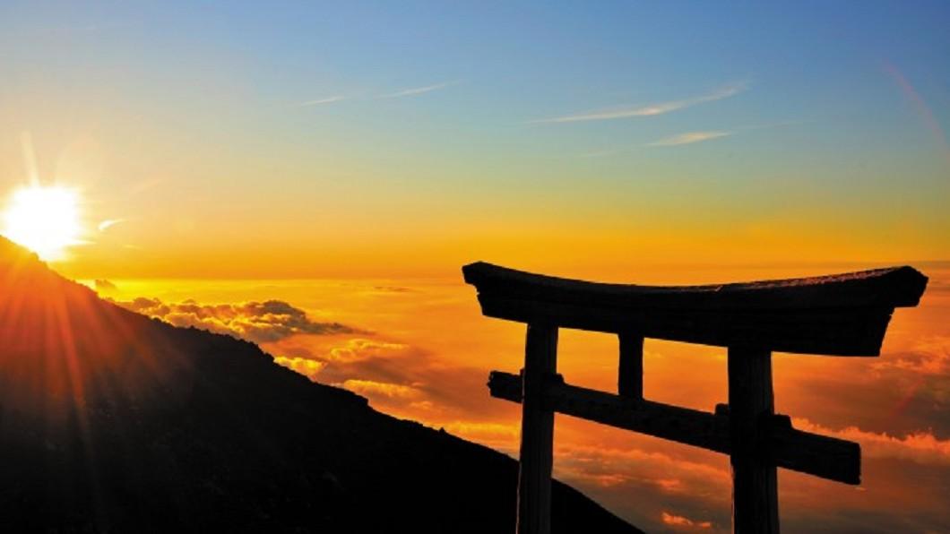 日本打卡景點-富士山御來光。(圖/翻攝自靜岡縣觀光局)