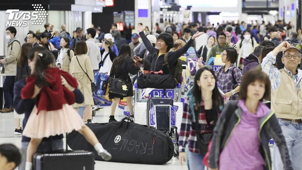圖/達志影像美聯社 日本黃金週成田機場人數爆量! 創40年單日新高
