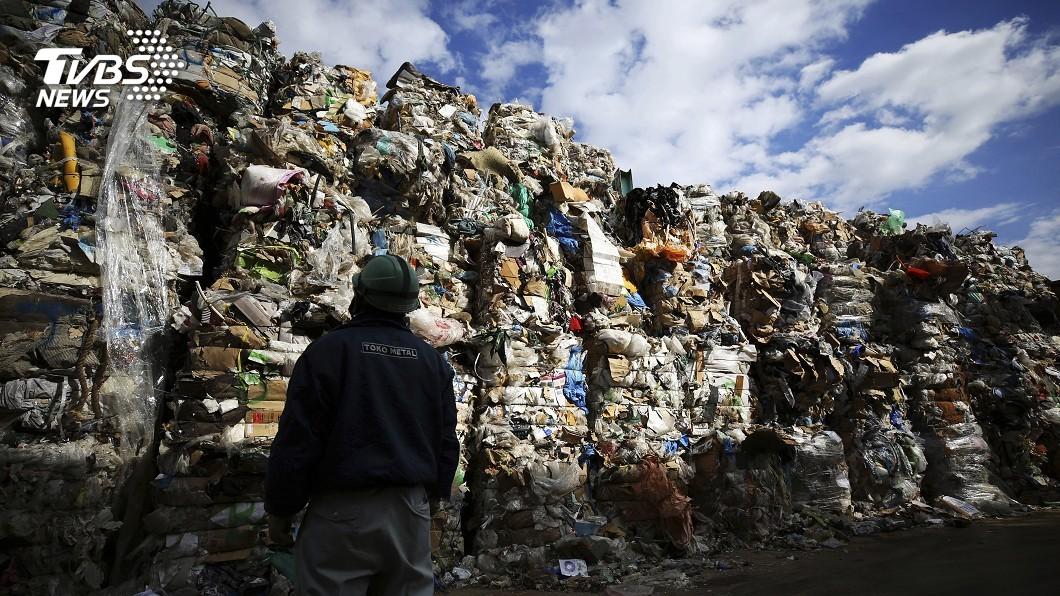 圖/達志影像美聯社 塑膠垃圾不可再亂出口 187國同意美國反對