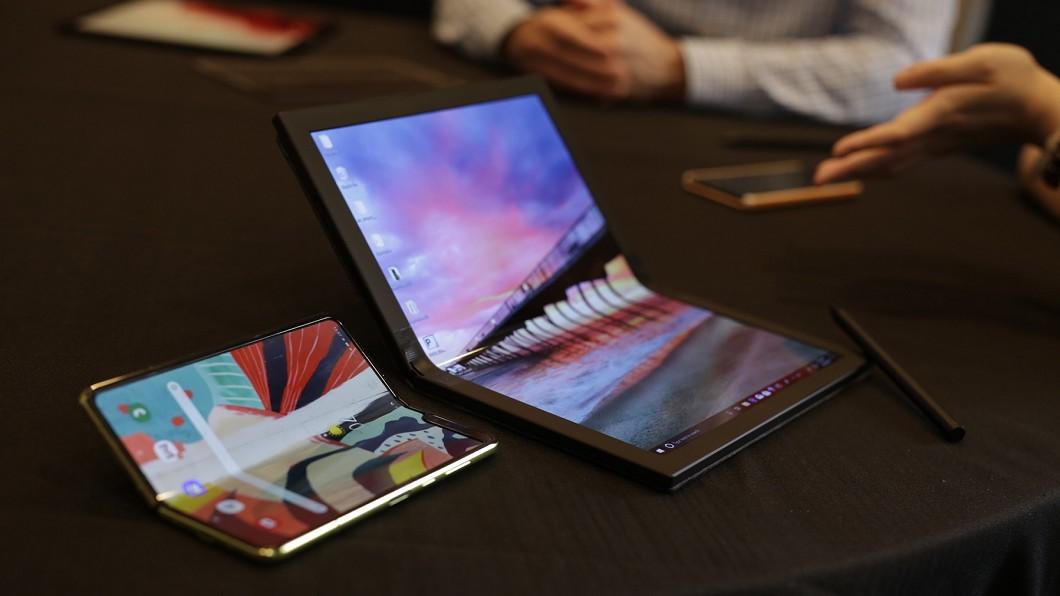 圖/翻攝自chinese.engadget官網 跟進摺疊風潮! 聯想可摺式筆電2020上市