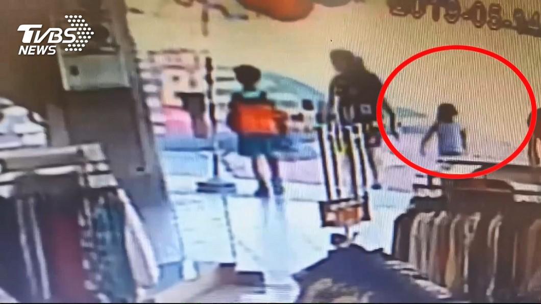 圖/TVBS 剛參加校外教學 5歲女童遭撞最後身影曝光