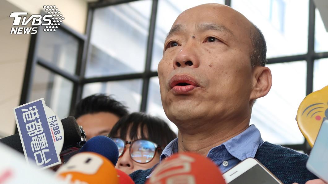 圖/中央社 輕軌二階車廂購置爭議 韓國瑜:若查有不法送辦