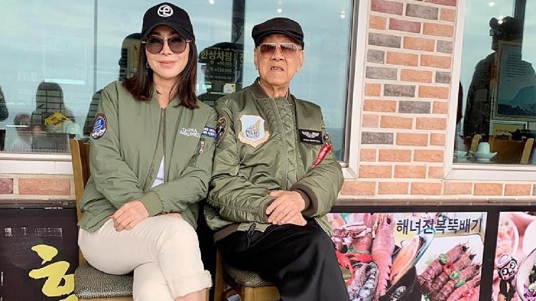 圖/翻攝自陳美鳳臉書 陳美鳳揪李登輝同遊韓國?網驚呆:前總統坐妳旁邊…