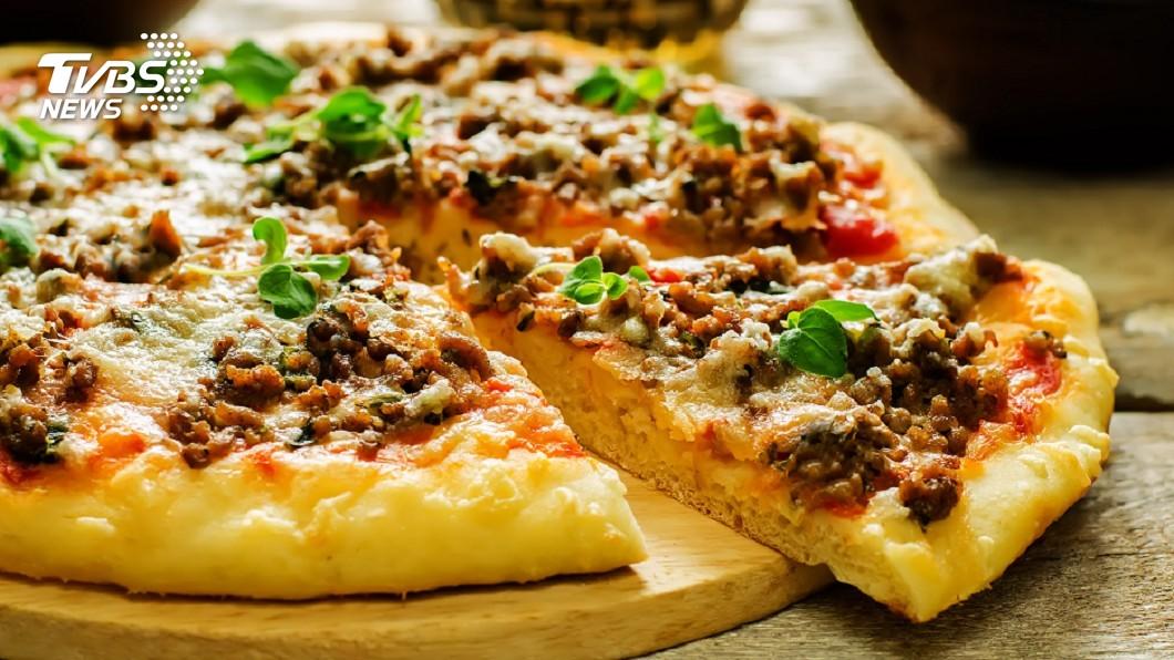 示意圖/TVBS 袋鼠、鴯鶓肉也能入菜! 澳風情披薩吸引饕客嘗鮮