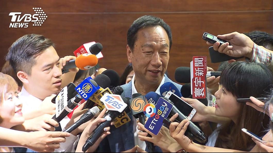 圖/TVBS 他揭富士康12跳內幕 「跳樓成流行病」是郭董佛心所致