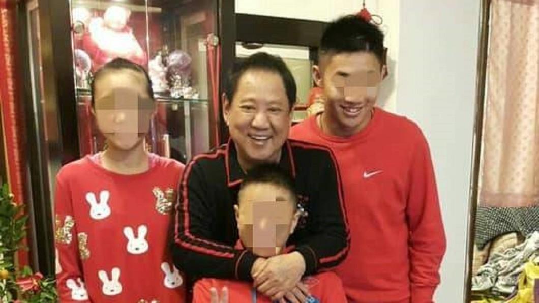 馬如龍與孫子合照。圖/翻攝臉書