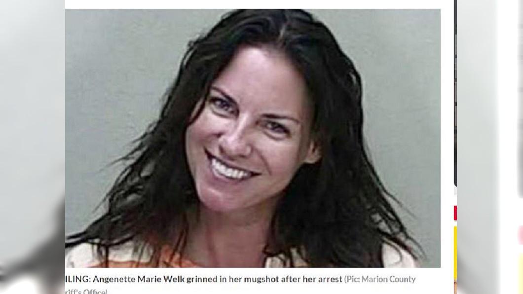 韋爾克因酒駕撞死人,竟燦笑地拍攝囚照。圖/翻攝自「dailystar」 笑得心底發寒...她酒駕撞死人 拍囚照竟「露齒燦笑」