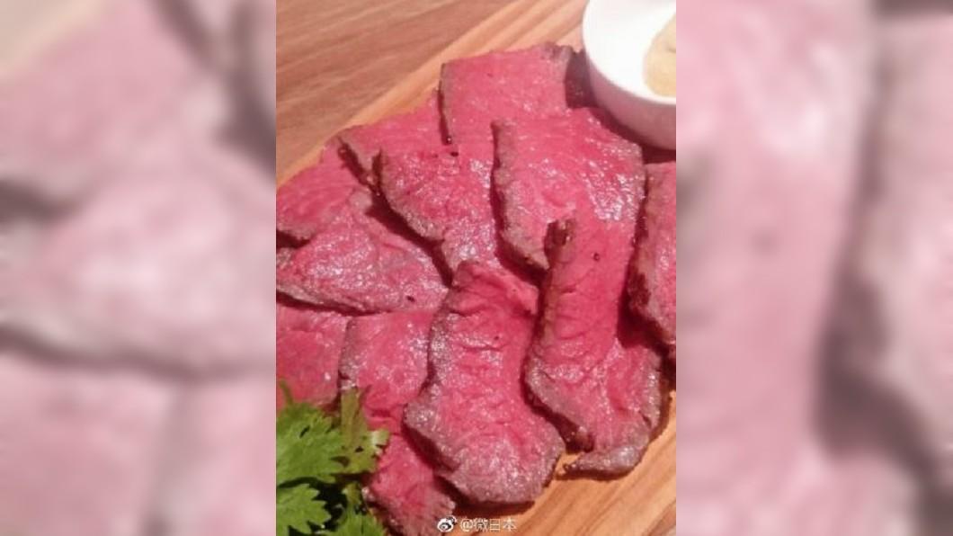 圖/轉攝自微日本微博 肉中再包肉 外熟內生雙重口感風靡日本