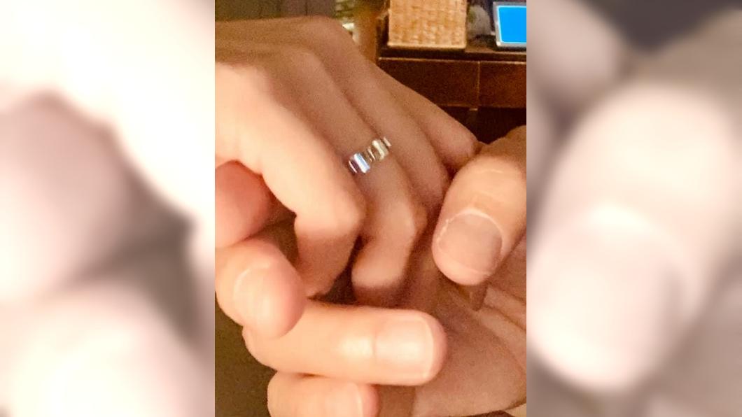 圖/翻攝自林利臉書 小虎隊成員認愛台灣粉絲 曬婚戒照宣布求婚成功