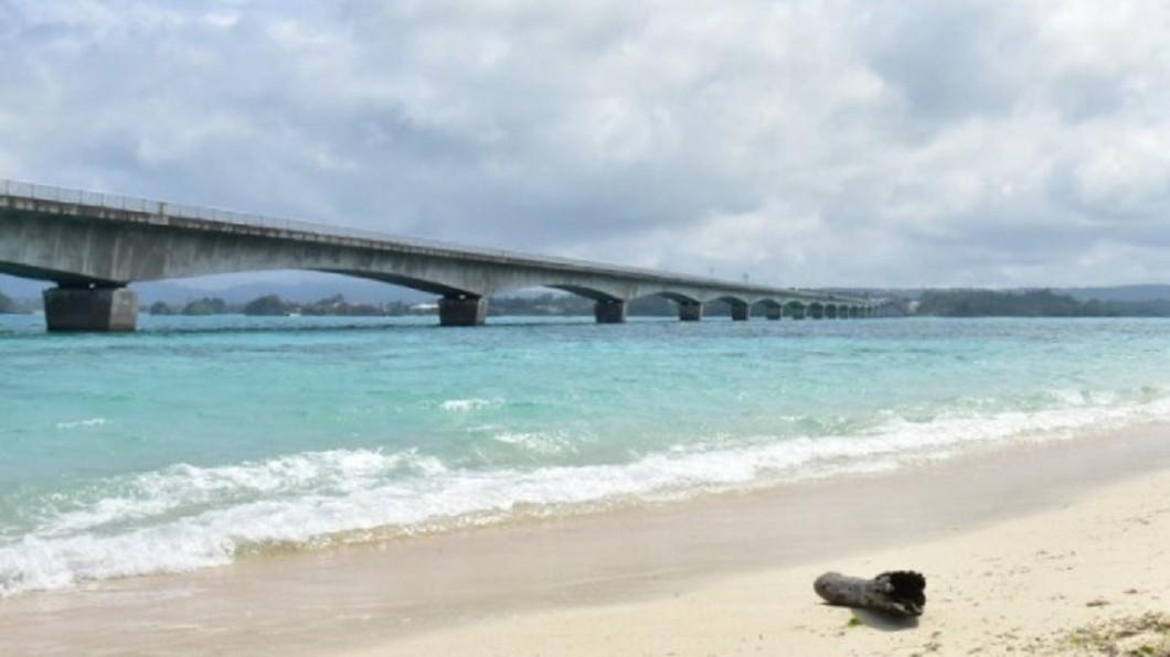 沖繩北部景點推薦-古宇利海灘。(圖/Tripbaa趣吧!亞洲自由行專家)