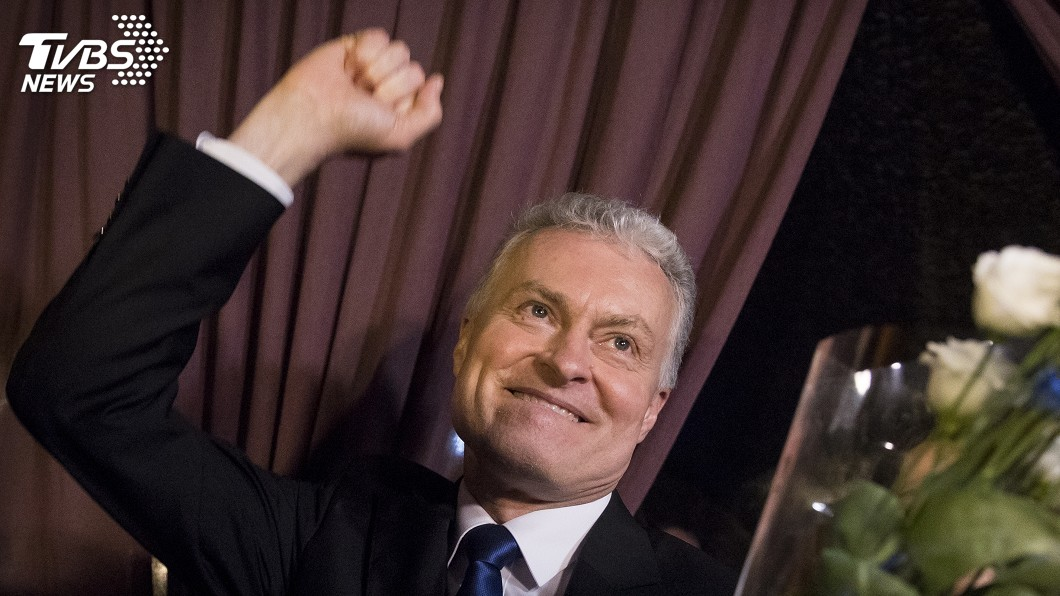 圖為獨立政治新秀諾賽達。圖/達志影像美聯社 立陶宛總統決選 政治新秀諾賽達擊敗前財長勝出