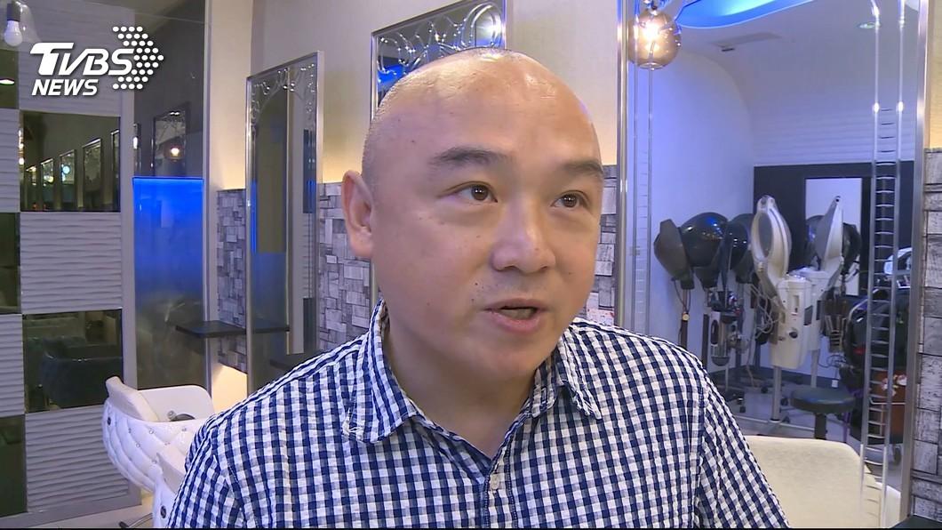 高雄市觀光局長潘恆旭。圖/TVBS資料畫面 潘恆旭稱「沒聽過」丟筆習俗 他嗆:草包就是草包!