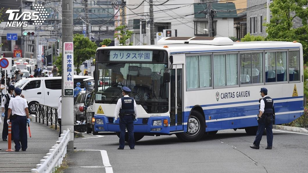 圖/達志影像美聯社 凶嫌大喊「我要殺了你」 日本小學生等校車遇襲