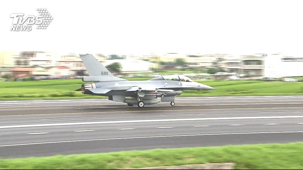 圖/TVBS 駁斥「毛胚機」說法 空軍:F-16V配備先進武器裝備