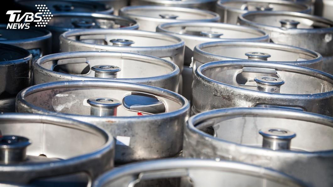 示意圖/TVBS 美對中床墊和啤酒桶祭反傾銷稅 德、墨也遭殃