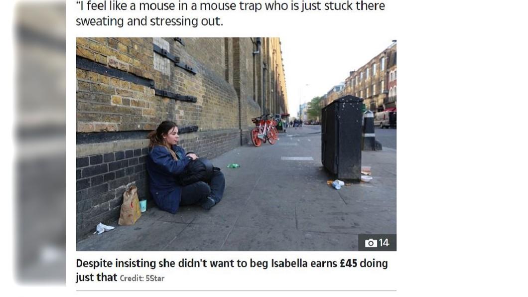 挑戰街友生活3天的富家女Isabella坐在街頭哭泣。圖/截自The Sun News