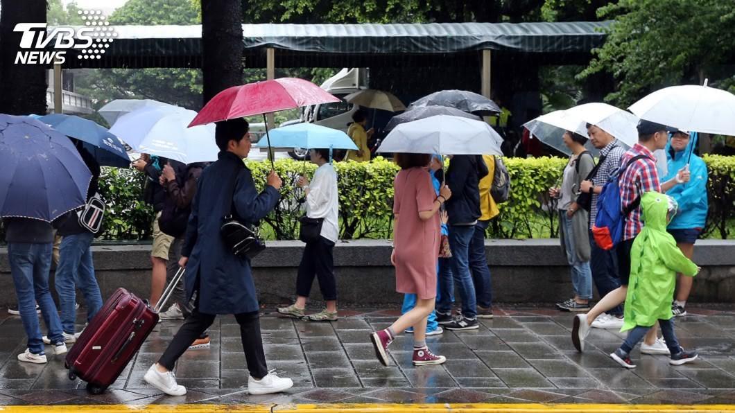 (圖/中央社) 二二八連假先有雨 28日轉晴回溫看見陽光