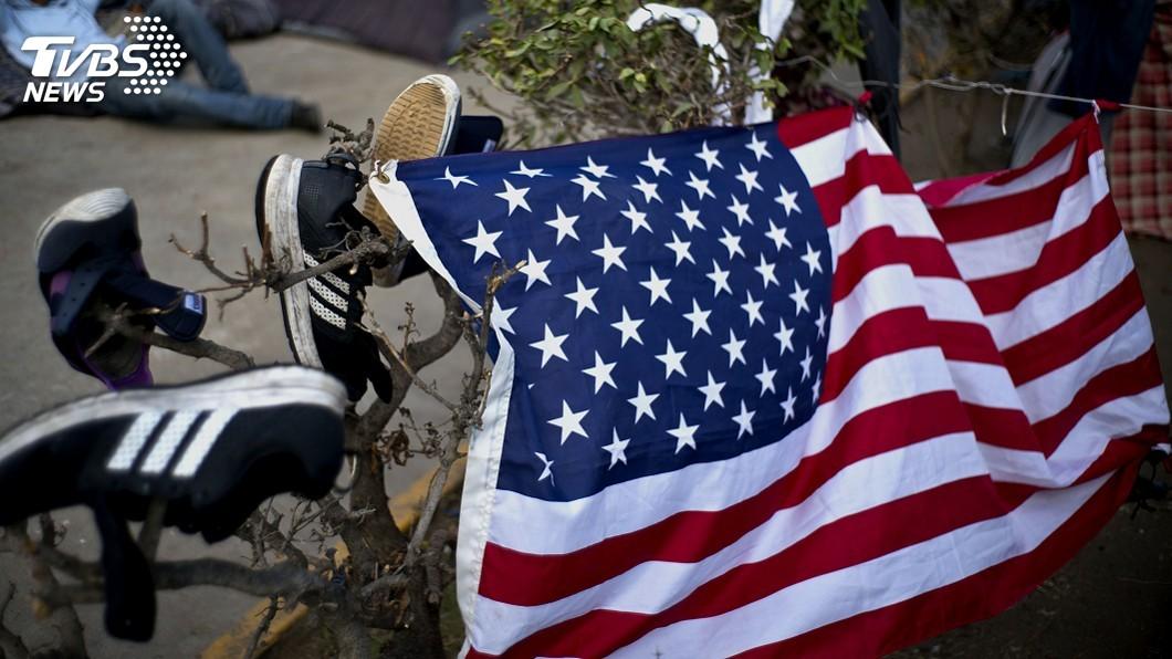 圖/達志影像美聯社 川普為阻非法移民祭關稅 墨總統致函要求對話