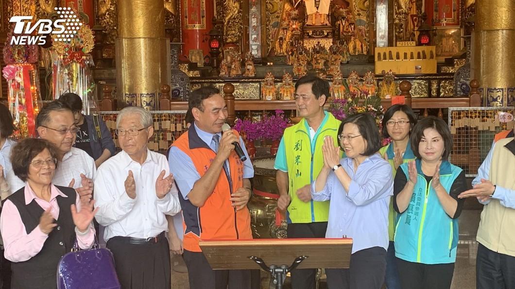 圖/中央社 台南參拜宮廟 蔡總統:應給宗教足夠自主空間