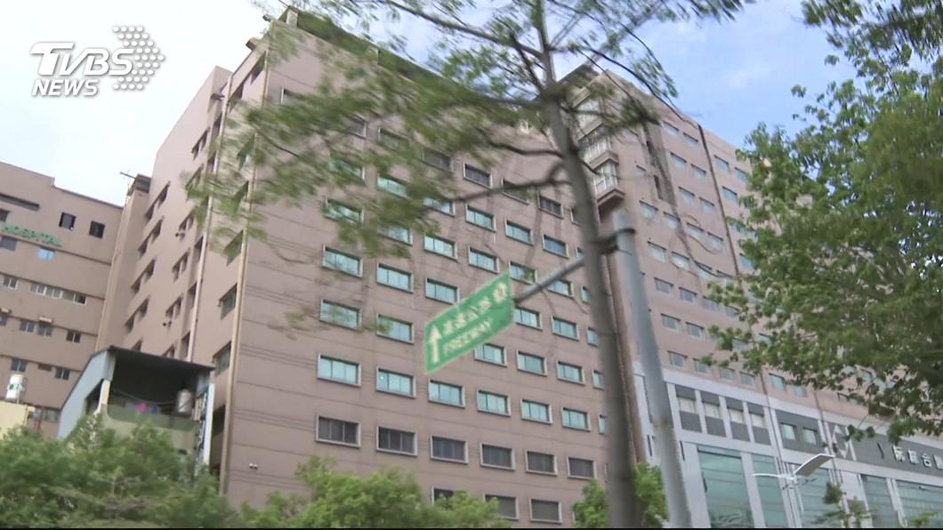 圖/TVBS 白色巨塔內鬥? 董監事改選日副院長妻被毆