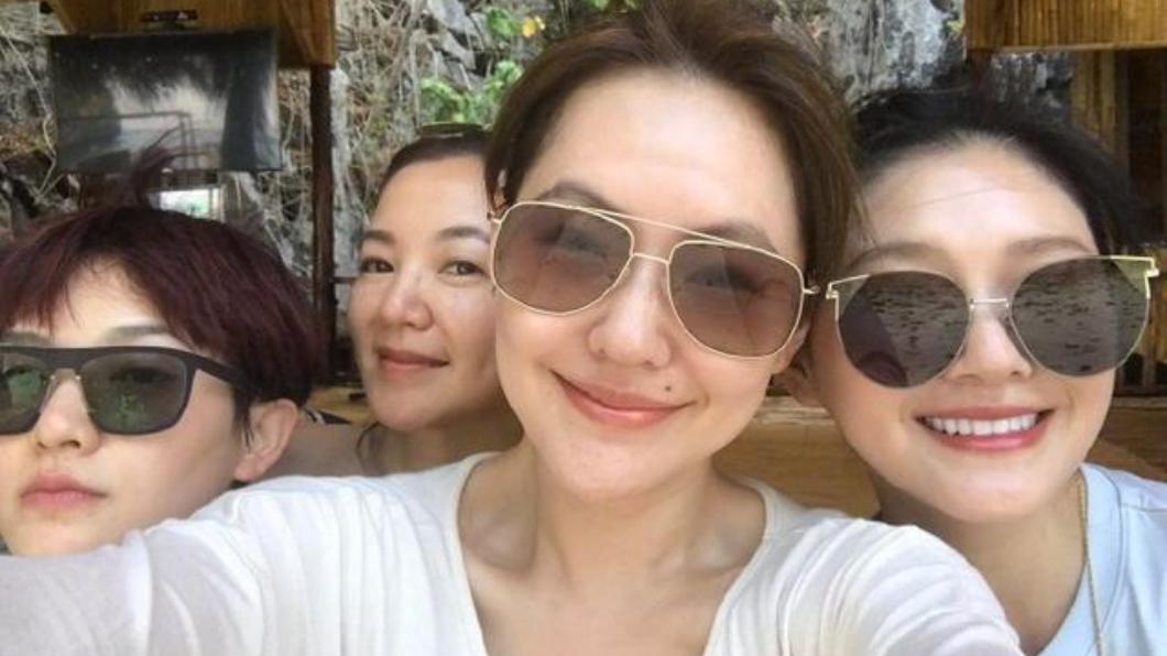 4姊妹在《我們是真正的朋友》中的互動非常可愛。圖/翻攝自微博