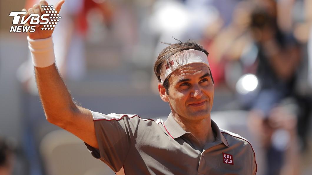 瑞士網球名將費德瑞(Roger Federer)2日闖入法網男單前8強。圖/達志影像美聯社 瑞士天王費德瑞英國一姐康塔 挺進法網8強