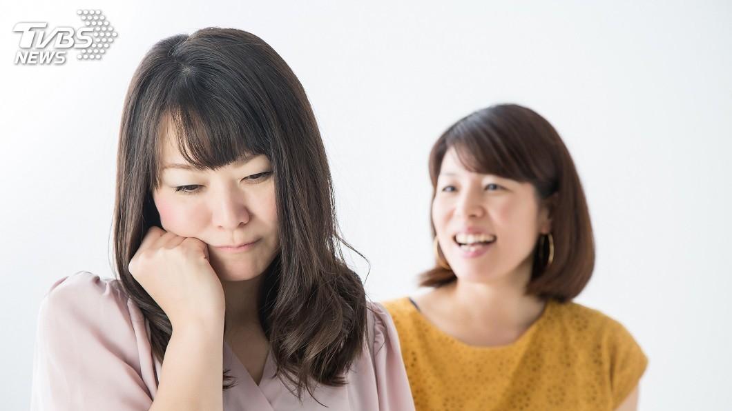 人妻不滿小三搶她丈夫,跑到她住處飆罵「髒女人」。(示意圖/TVBS) 人妻飆罵小三「髒女人」…法官認定她陳述事實 改判無罪