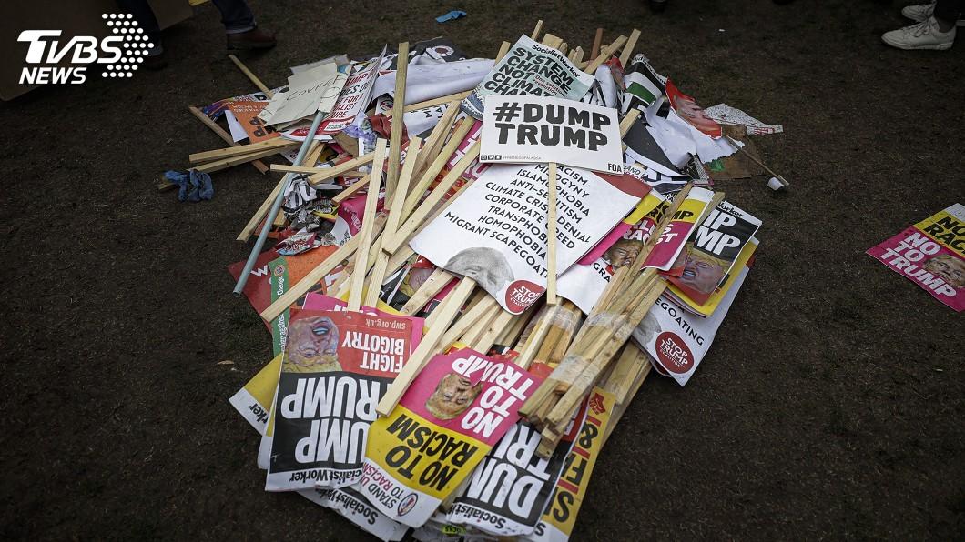 圖/達志影像美聯社 倫敦大規模抗議 川普:假的!大部分是歡迎