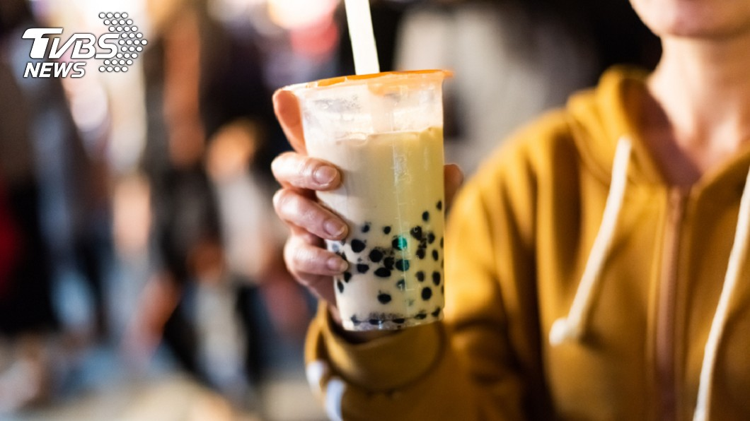 示意圖/TVBS 喝杯珍奶便秘5天!14歲妹腸胃塞滿「上百顆圓陰影」