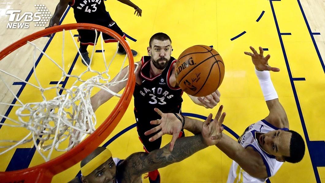 圖/達志影像路透社 暴龍咬傷勇士 NBA總冠軍賽2比1領先