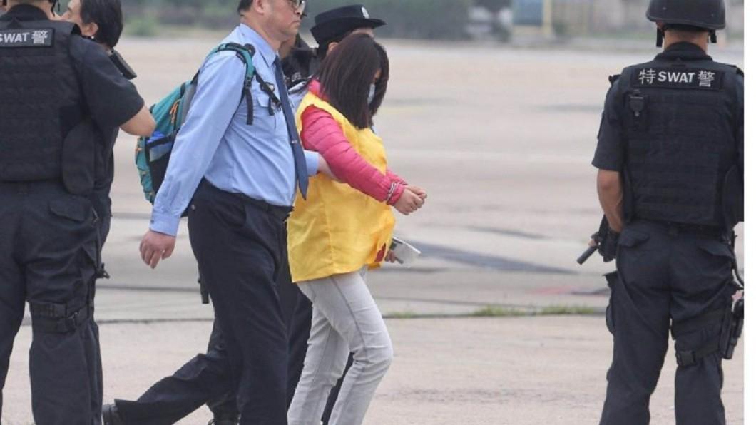 根據中西引渡條約,台籍詐騙犯送往中國受審 圖/翻攝自新京報 94名台籍詐騙犯 自西班牙押往中國受審