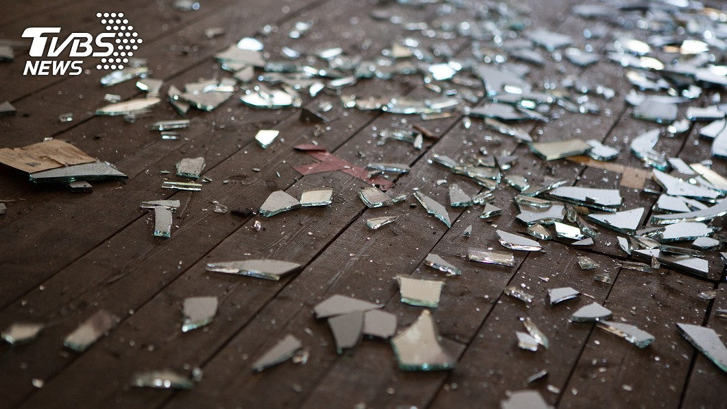 示意圖/TVBS 最美風景?非法民宿玻璃割傷國際攝影師竟「反控毀損」