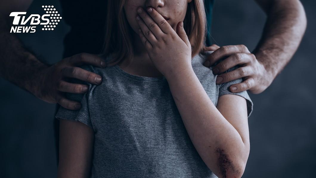 示意圖/TVBS 情侶私藏500虐童照 竟還想生孩子當性奴引公憤