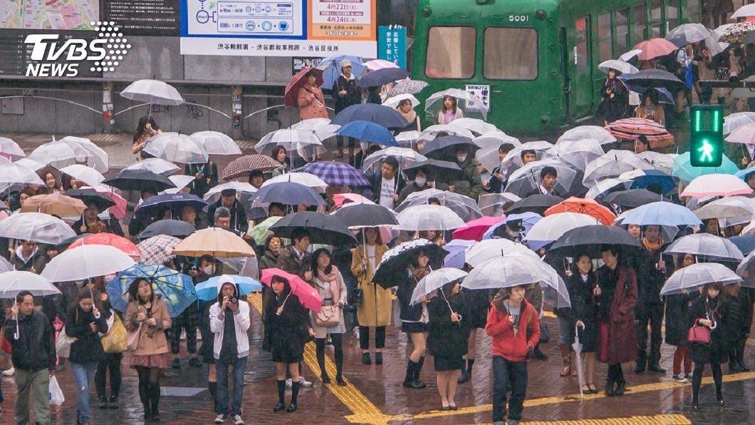 示意圖/TVBS 年6萬噸塑膠入海洋 日推「共享雨傘」減塑
