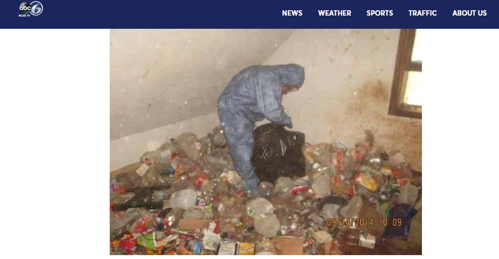 恐怖屋內髒亂至極 。圖/截自ABC6 3嬰屍發臭!10歲妹妹求救 鄰居打開恐怖屋壁櫥嚇壞