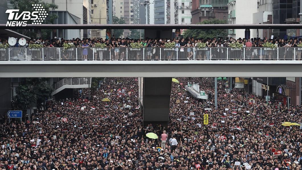 圖/中央社 港民最大街頭抗議! 從反送中遊行學英文