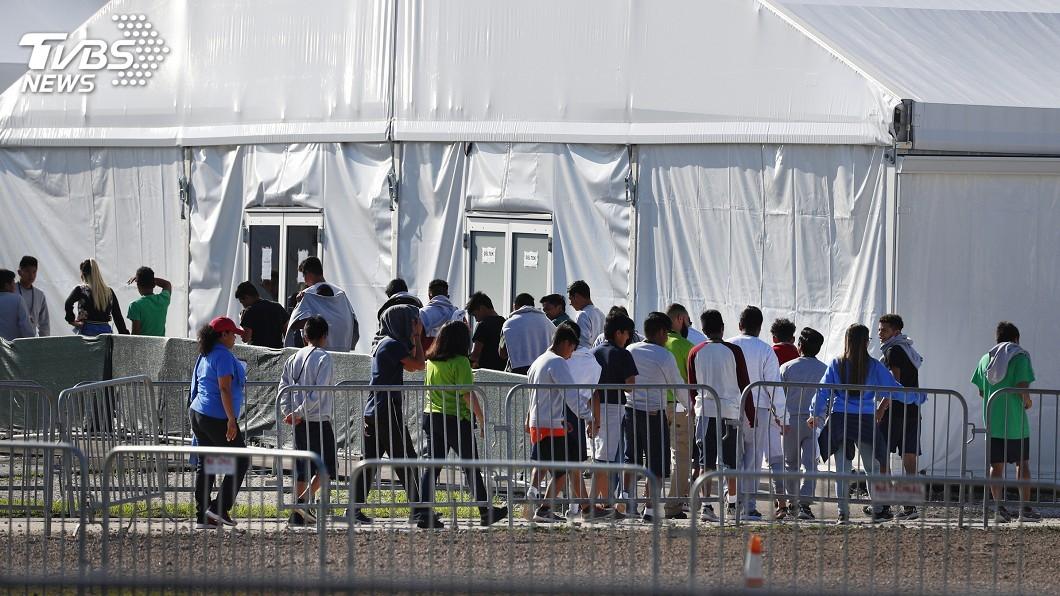 圖/達志影像美聯社 美數百萬非法移民 川普稱下週開始驅離
