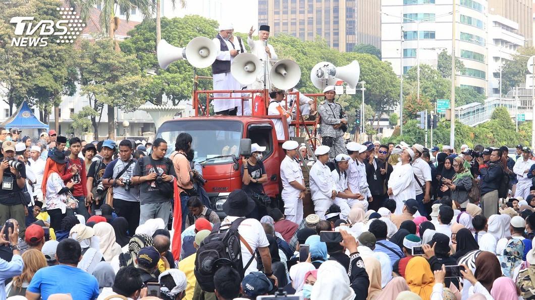 圖/中央社 印尼選後動盪 強硬派宗教勢力威權遺緒挑戰大