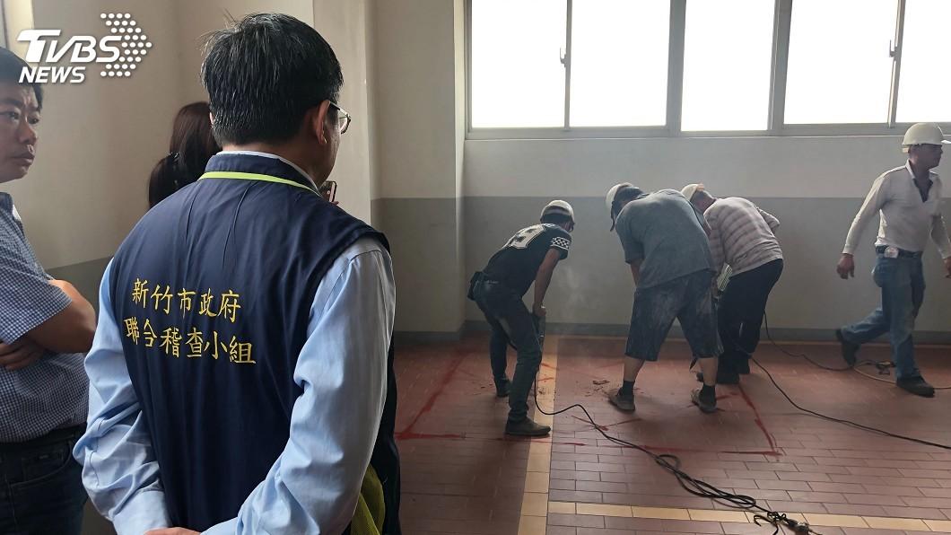 圖/中央社 名車維修廠遭查違建 新竹市鐵腕強制拆除