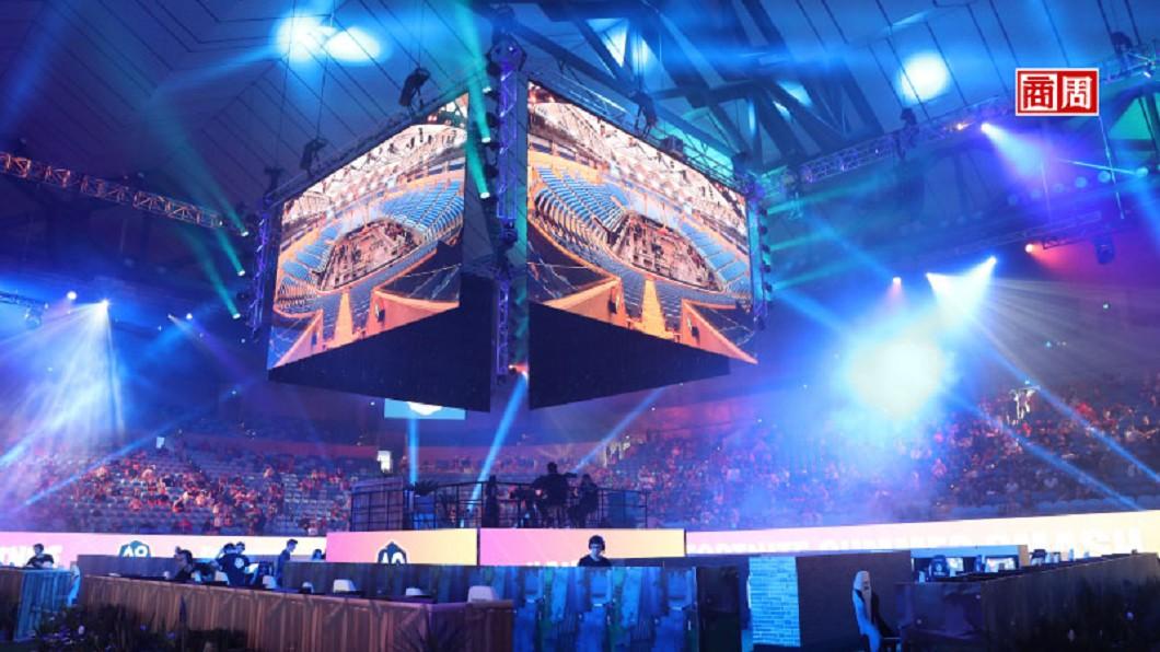 《要塞英雄》不只在現實生活中舉辦玩家聚會,遊戲裡也能辦虛擬聚會、音 樂會,創造了新形態社交方式。圖為它今年1月在澳洲舉辦的實體活動。圖/Dreamstime 必追6大新創!網路女王報告:遊戲社交夯、AI說人話
