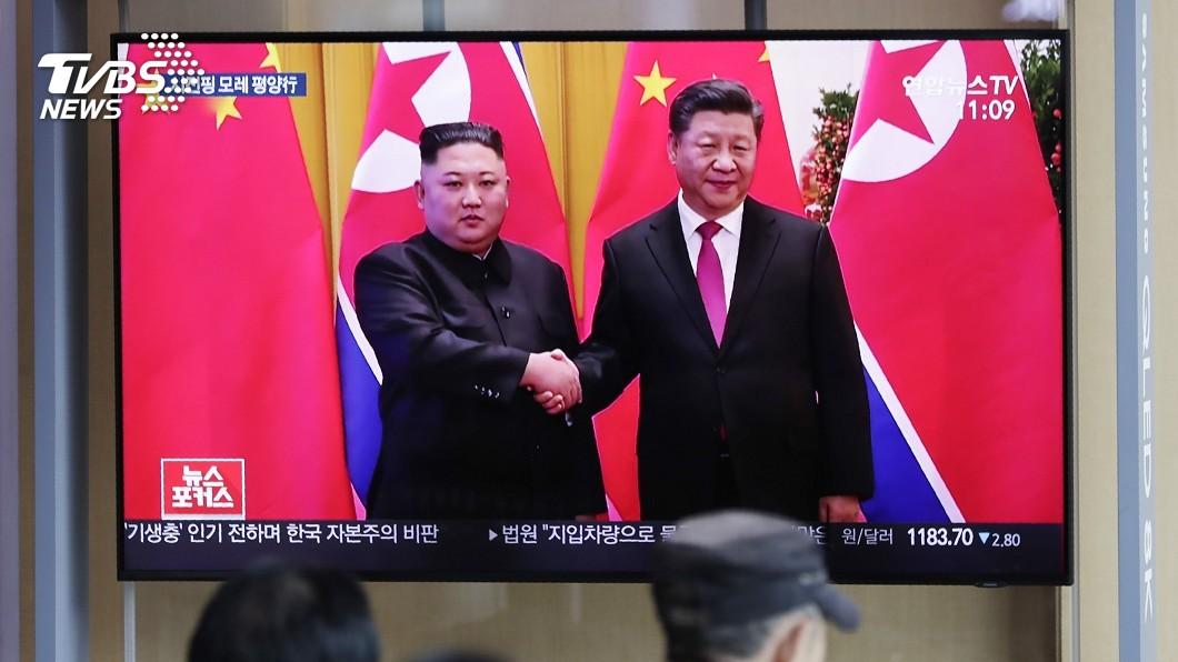 圖/達志影像美聯社 習近平風光抵平壤 北韓動員數十萬人熱迎