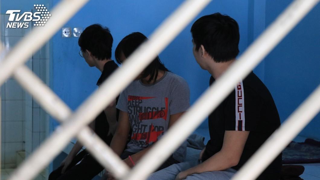 圖/中央社 12台嫌涉電信詐騙 印尼將依移民法送審